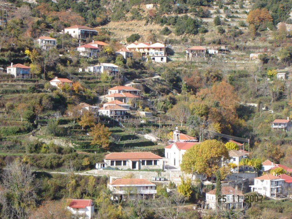 http://www.katafigio-amorani.gr/images/144.jpg